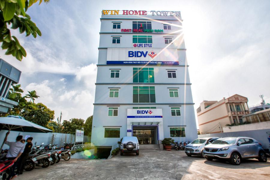 Tổng thể tòa nhà văn phòng cho thuê Win Home 33 Trần Não