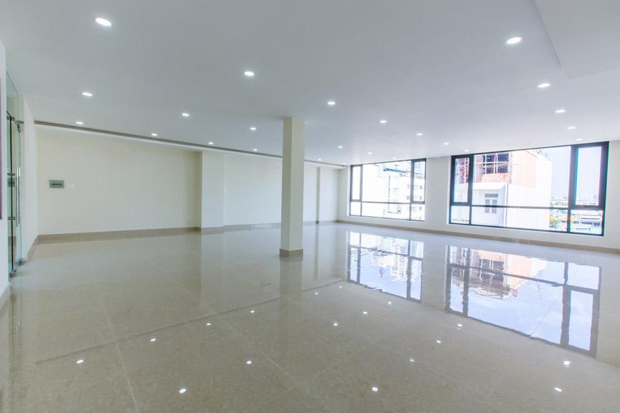 Với phong cách kiến trúc hiện đại, văn phòng tại tòa nhà 37 đường số 2 tạo nên không gian thoải mái nhất cho doanh nghiệp