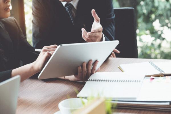 tham khảo thông tin văn phòng từ nhiều bên giúp doanh nghiệp có được sự lựa chọn hợp lý nhất